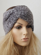 Laden Sie das Bild in den Galerie-Viewer, Double-Knit Turban Head