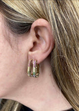 Load image into Gallery viewer, BOUCLES D'OREILLES MAILLONS PIERRES MULTICOLORES