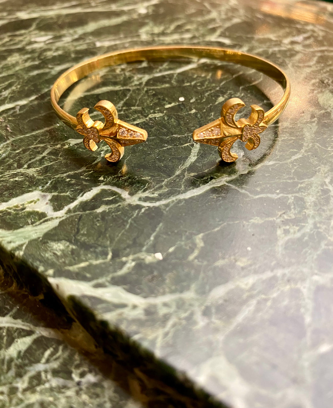 BANGLE LILY FLOWER