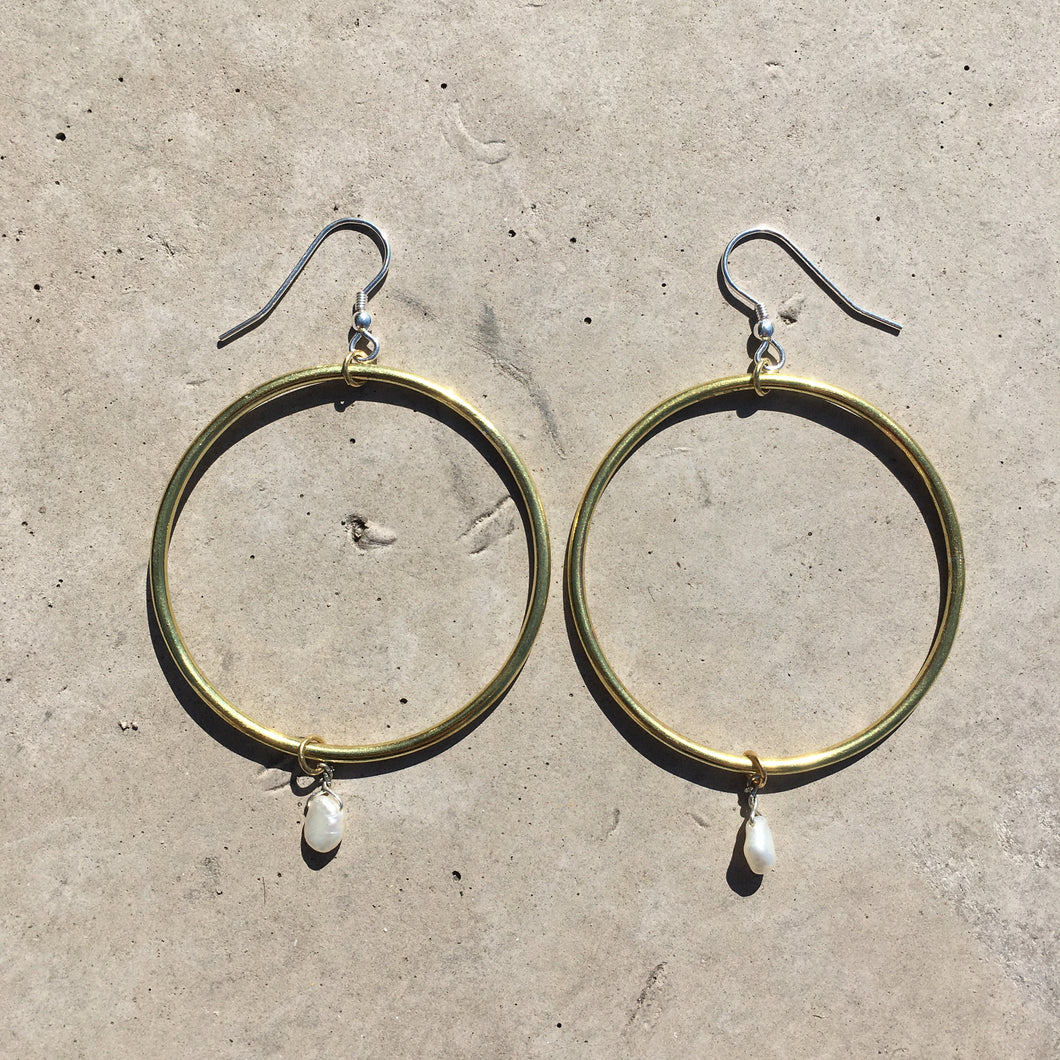 Brass and baroque pearl hoops