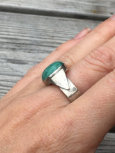 Load image into Gallery viewer, Oxidised Triangle Turquoise ring