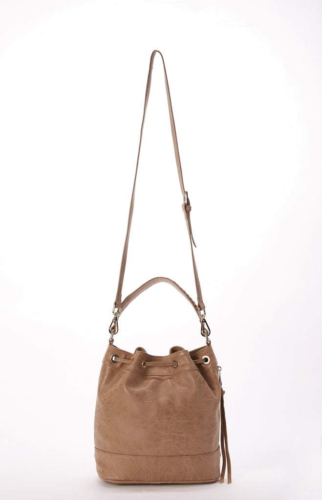 Skyler Drawstring Bucket in Latte
