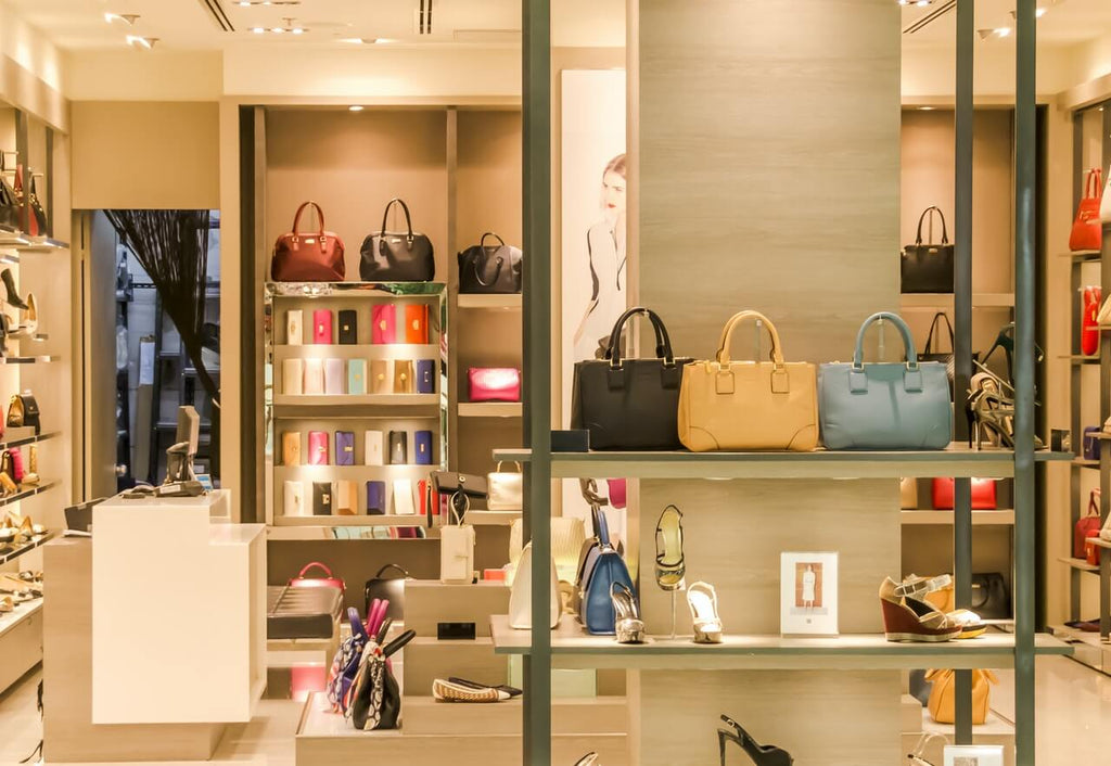 how to store purses in closet