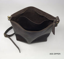Load image into Gallery viewer, Leather Crossbody Bag - UN basic