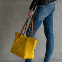 Load image into Gallery viewer, Leather Tote Bag Smooth Full Grain Leather Totebag SUN
