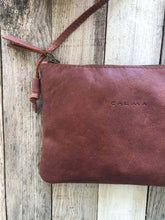 Load image into Gallery viewer, Leather Crossbody Bag Purse. ARA