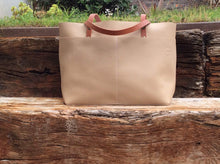 Load image into Gallery viewer, Leather Tote Bag - Bol