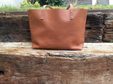 Load image into Gallery viewer, Leather Tote bag Handmade. TER