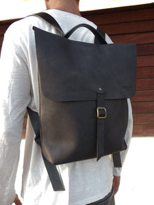 Leather Backpack Weekender Leather mens backpack  Bilbao