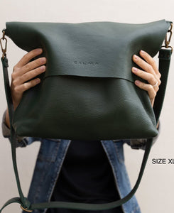 Leather Crossbody Bag - UN basic