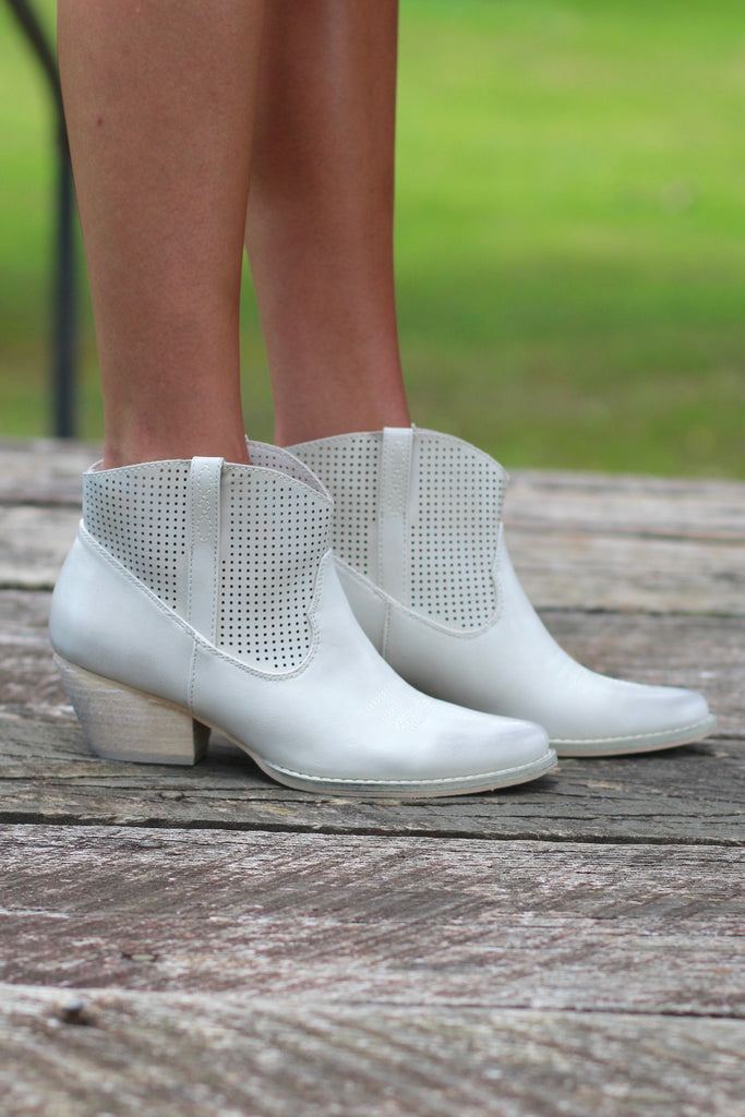 Very Volatile: Mishka Perfed Cowgirl Bootie {Ivory} - The Fair Lady Boutique - 3