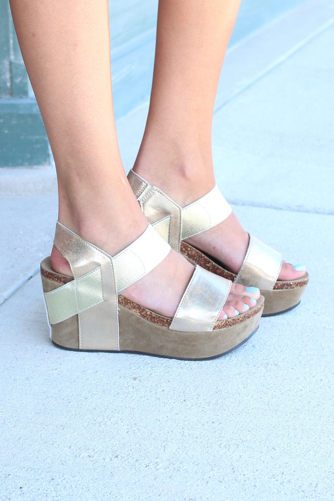 Hester Metallic Wedge Sandal {Gold} - The Fair Lady Boutique - 3