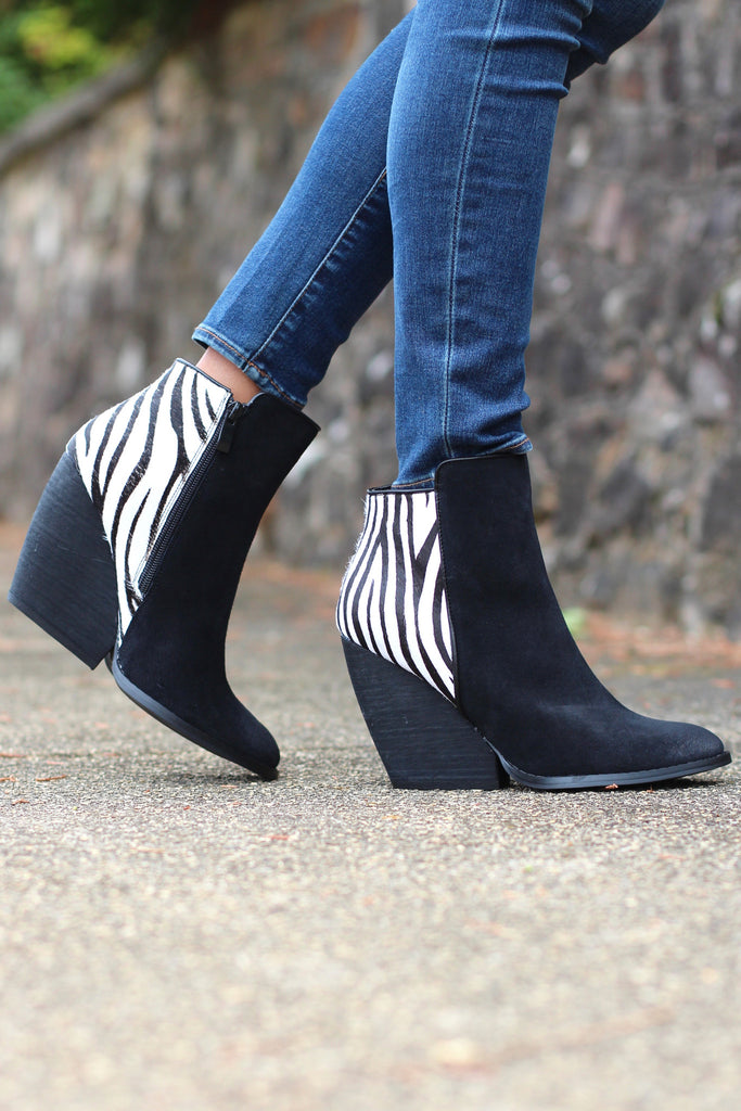 Very Volatile: Charla Zebra Bootie {Black} - The Fair Lady Boutique - 2