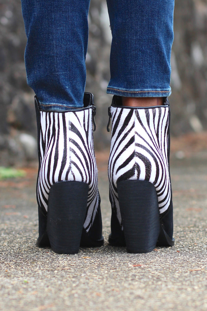 Very Volatile: Charla Zebra Bootie {Black} - The Fair Lady Boutique - 4