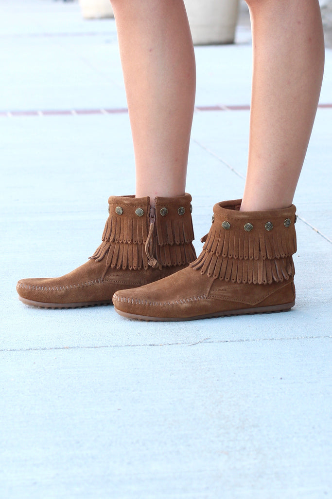 Minnetonka: Double Fringe Side Zip Bootie {Dusty Brown} - The Fair Lady Boutique - 2