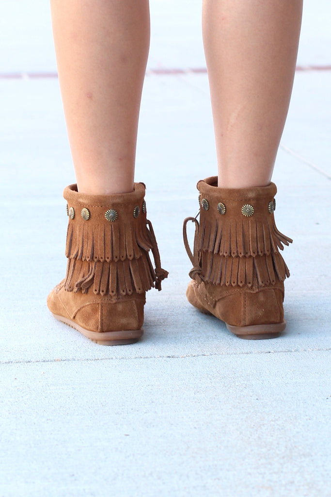 Minnetonka: Double Fringe Side Zip Bootie {Dusty Brown} - The Fair Lady Boutique - 4