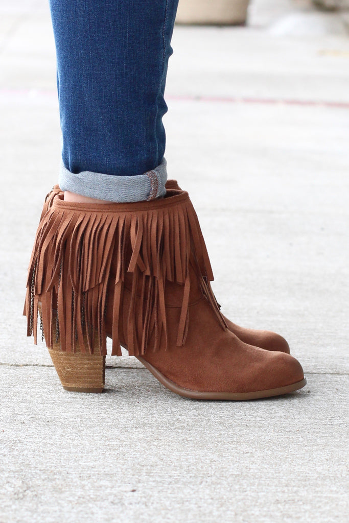Not Rated: Auriga Fringe + Chain Suede Booties {Tan} - The Fair Lady Boutique - 2