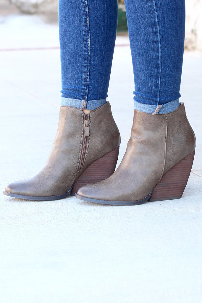 Very Volatile: Gwen Wedge Bootie {Taupe} - The Fair Lady Boutique - 8