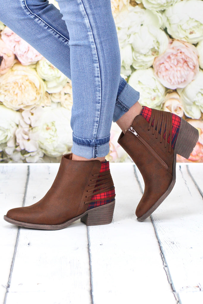 Volatile: Accolade Lace-Up Bootie {Plaid + Brown}