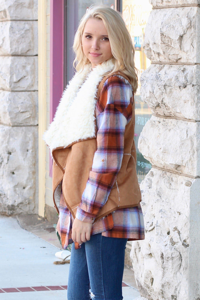 Out of the Woods Fur Shearling Vest {Camel} - The Fair Lady Boutique - 3