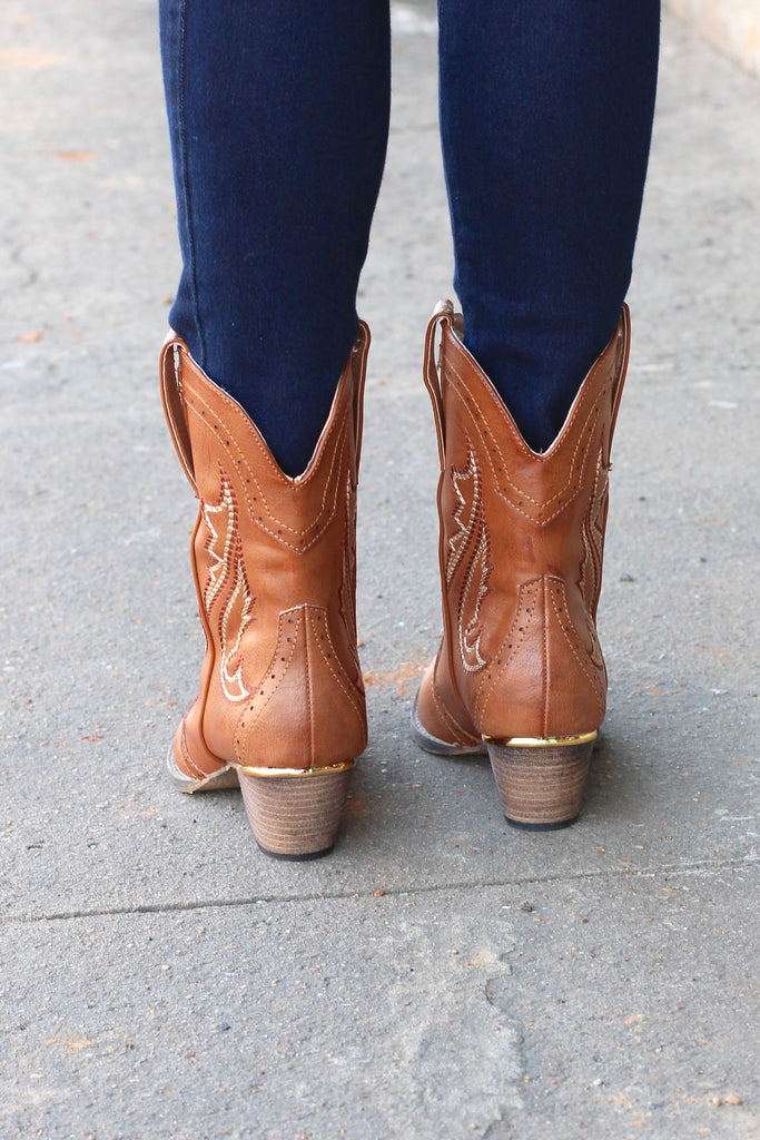 Very Volatile: Markie Western Bootie {Tan} - The Fair Lady Boutique - 4