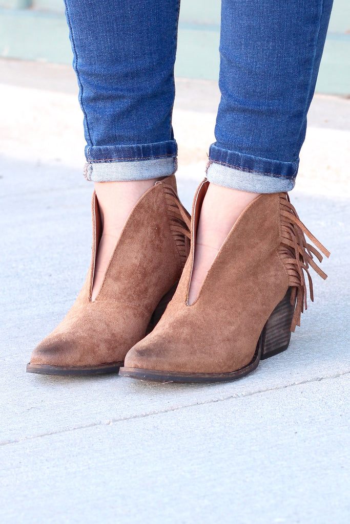 Matisse: Miranda Suede Fringe Booties {Saddle Brown} - The Fair Lady Boutique - 1