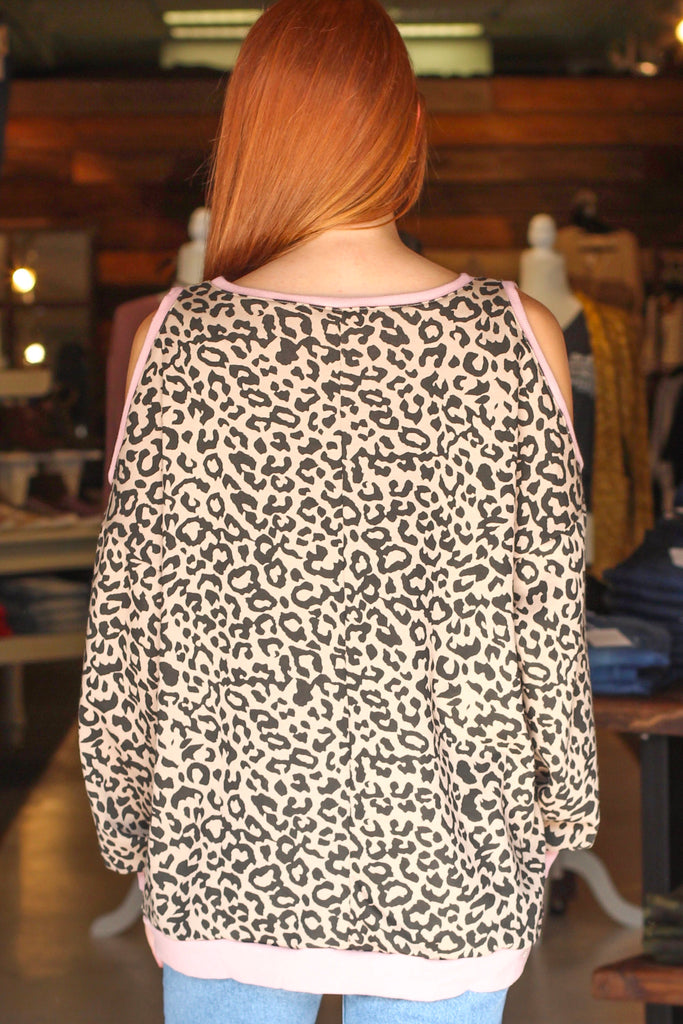 {Leopard} Cold Shoulder w/ Contrast Ribbing