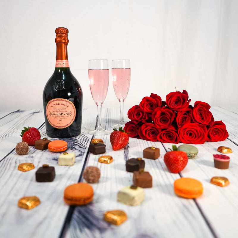 Gifts - Luxury Truffles with Fizz & Roses Gift Set