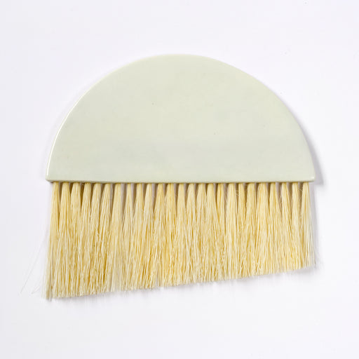 Angled Paddle Brush