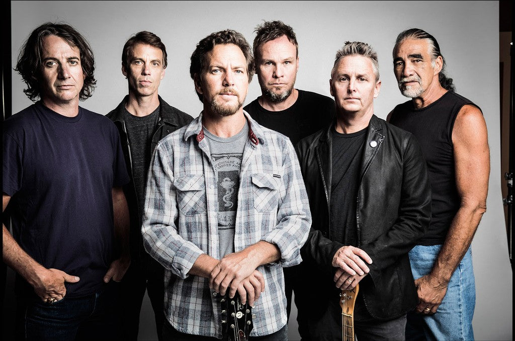 PEARL JAM UNVEIL NEW MUSIC