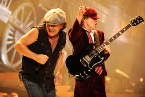 AC/DC ANNOUNCE DATE FOR NEW SINGLE SHOT IN THE DARK