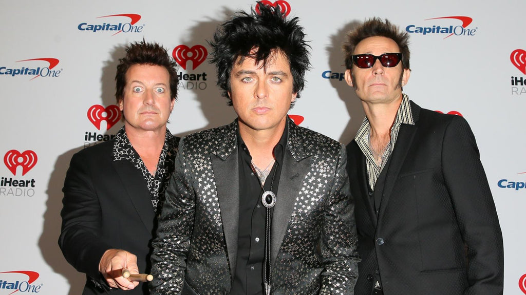 GREEN DAY RELEASE NEW TRACK HELL YEAH
