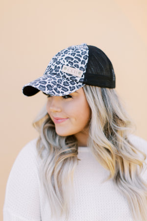 Snow Leopard in Black // Customize Me