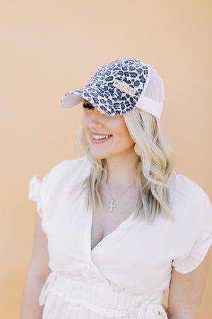 Snow Leopard in White // Customize me