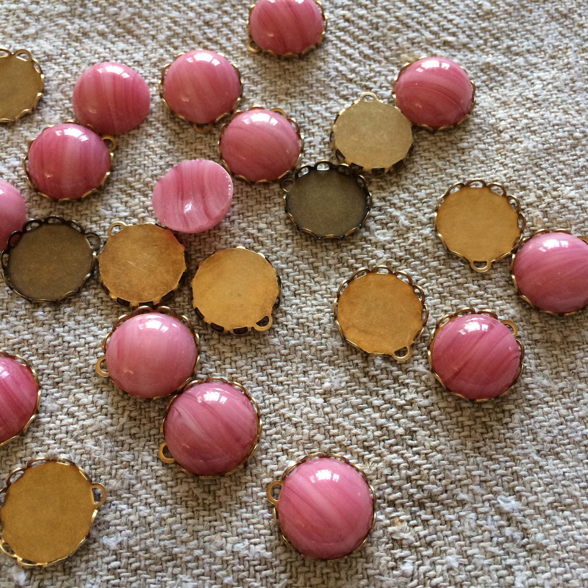 Porphyr Glass Cabochons - Pink Bloom