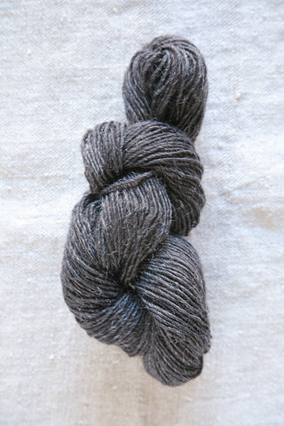 Deep Charcoal Wool Skein
