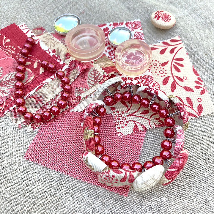 La Rose Rouge Button Bracelet Kit