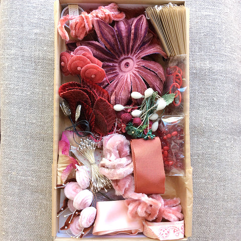 Decorating Kit - Vintage Red
