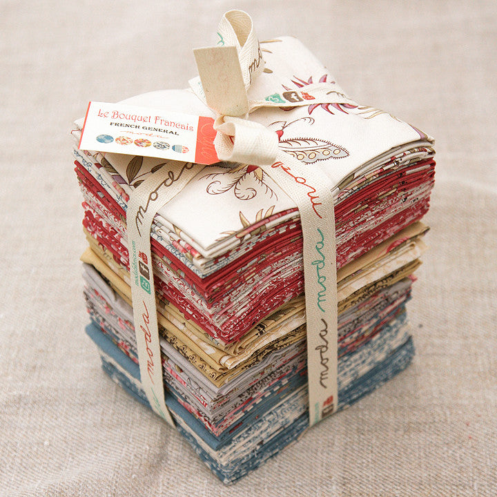 Moda Precut Special - Le Bouquet Francais Fat Quarter Bundle