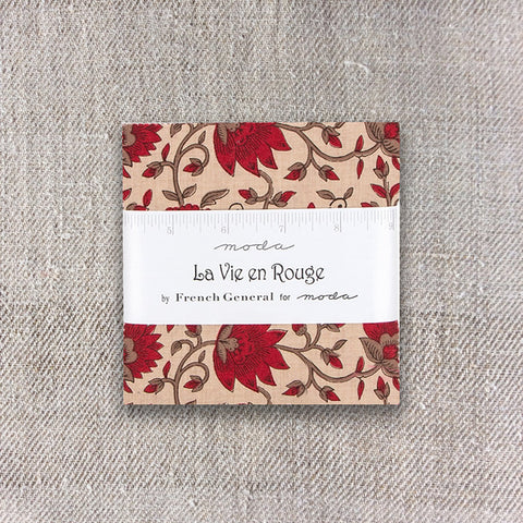 Moda French General La Vie En Rouge Charm Pack