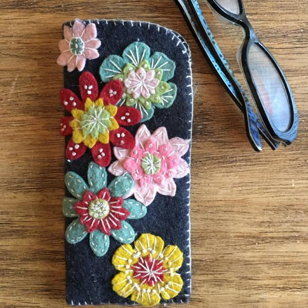 Wool Applique Eyeglass Holder - Friday, February 23rd 1 pm