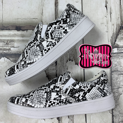 Lil' Gradient White Snake Sporty Sneaker Size 11-5