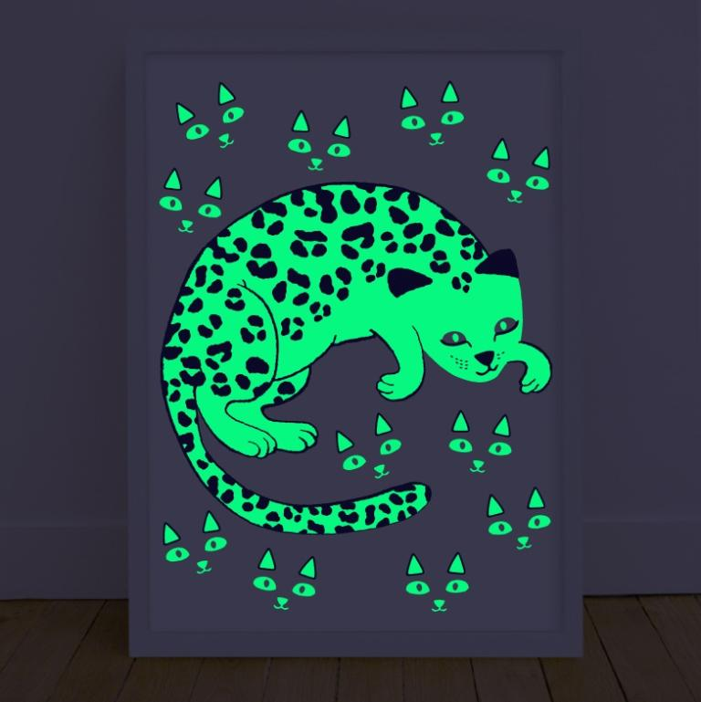 Omy glow in the dark posters leo