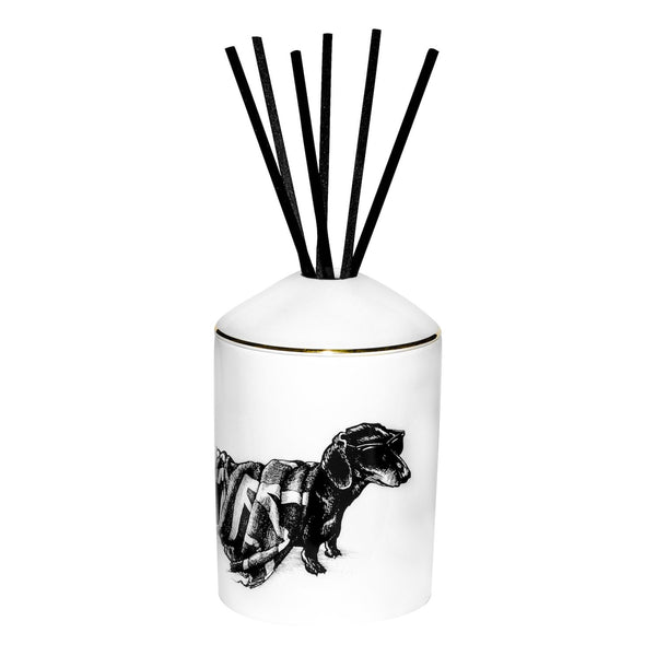 RORY DOBNER Hot dog delectable diffuser
