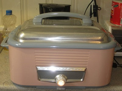 a hybrid of the slow cooker/crock pot of 1950's America and the rice cooker of 1950's Japan.