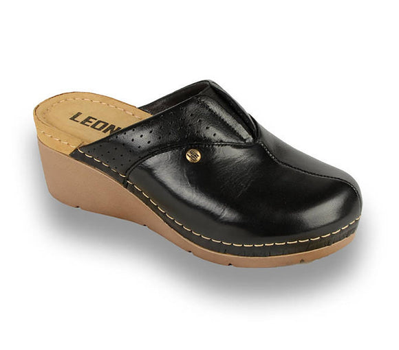 LEON 1002 Leather Clogs for Women - Black
