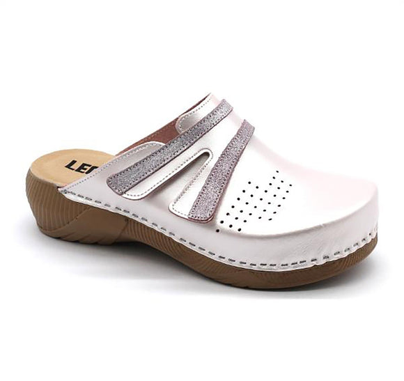 LEON 3200 Leather Clogs for Women - Pearl