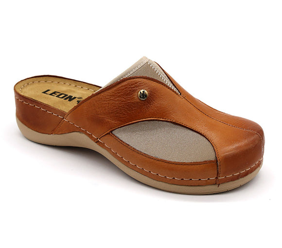 LEON 912 Leather Clogs for Women - Brown