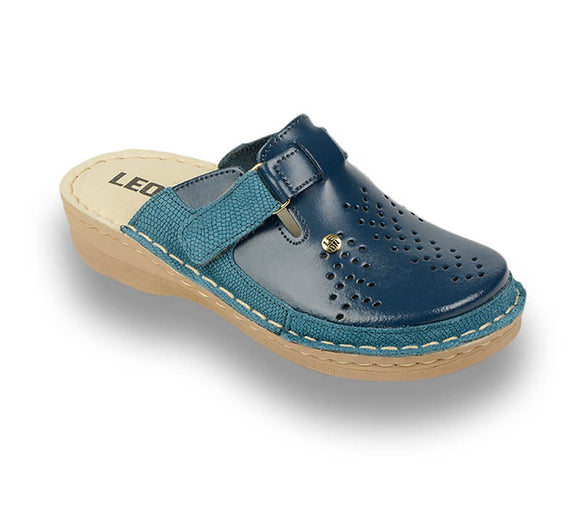 LEON V261 Leather Clogs for Women - Blue