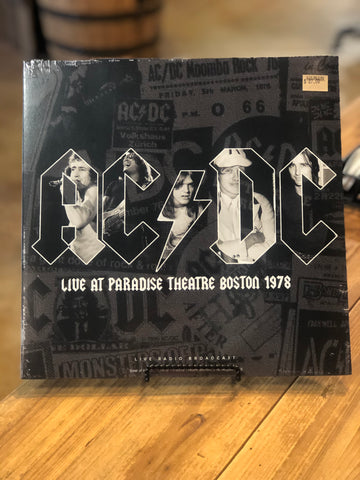 AC/DC Live At Paradise Theatre Boston 1978
